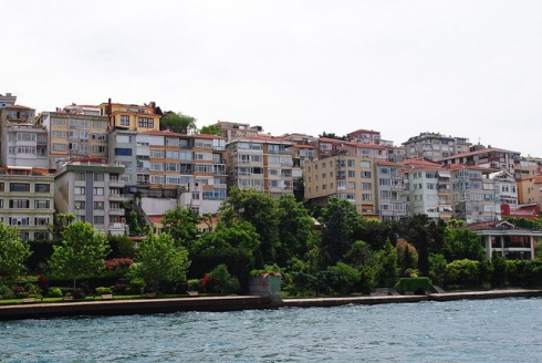 Homes along the Bosphorus.
